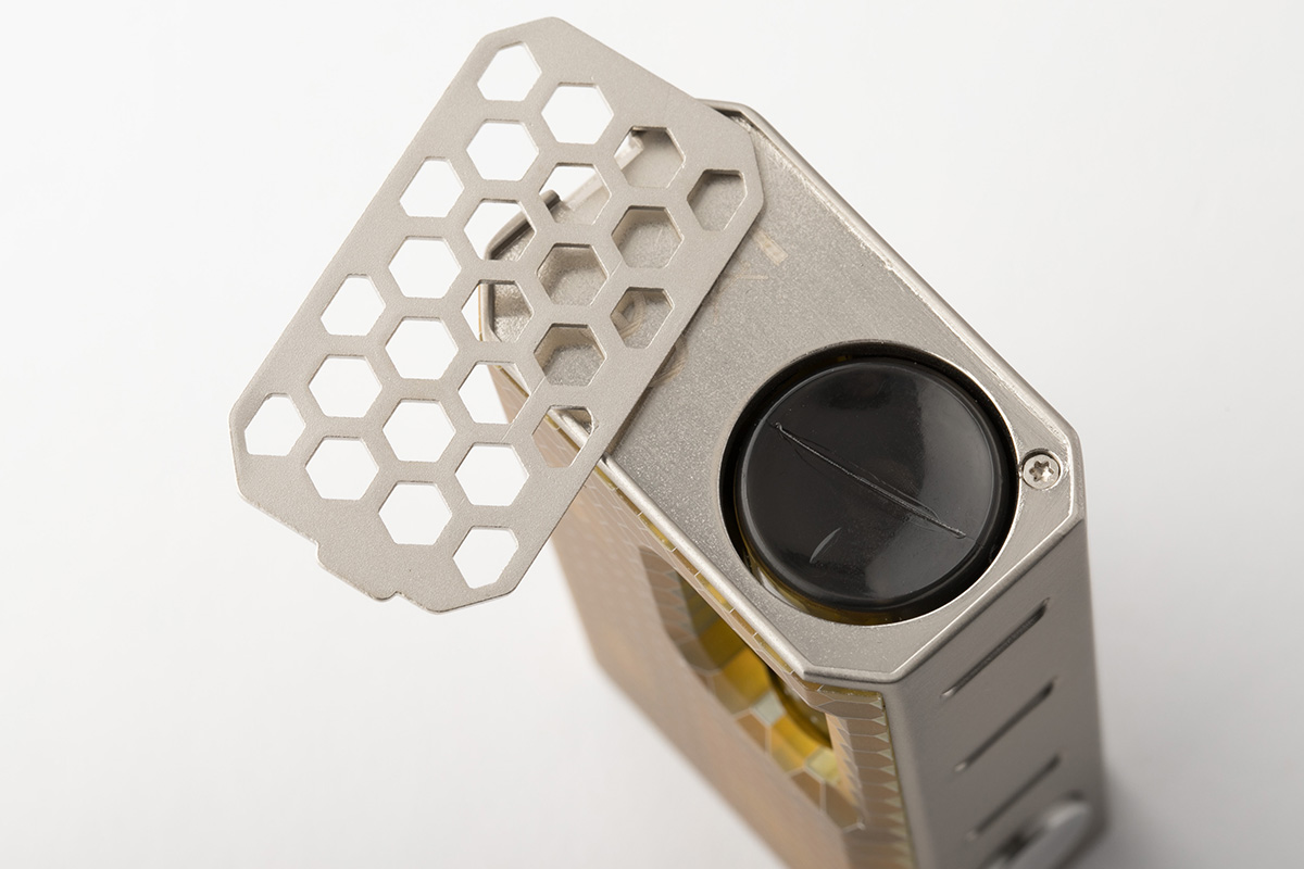 【メカニカルスコンカーMODスターターキット】LUXOTIC BF BOX with Tobhino BF RDA / Wismec ウィスメック レビュー