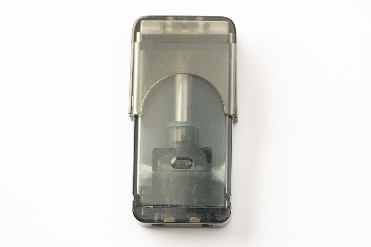 【IPHA Swis レビュー】JUUL互換機!メタリックボディーのカバー付きスリムデバイス