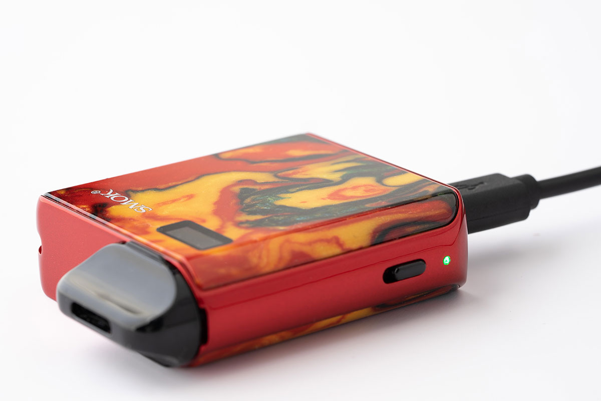 SMOK MICO Kitの充電端子microUSB